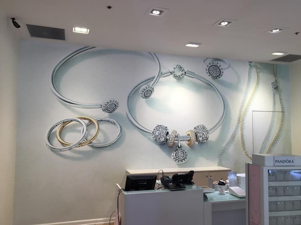 Jewelry Store at Destin Commons Interior Wall Graphics